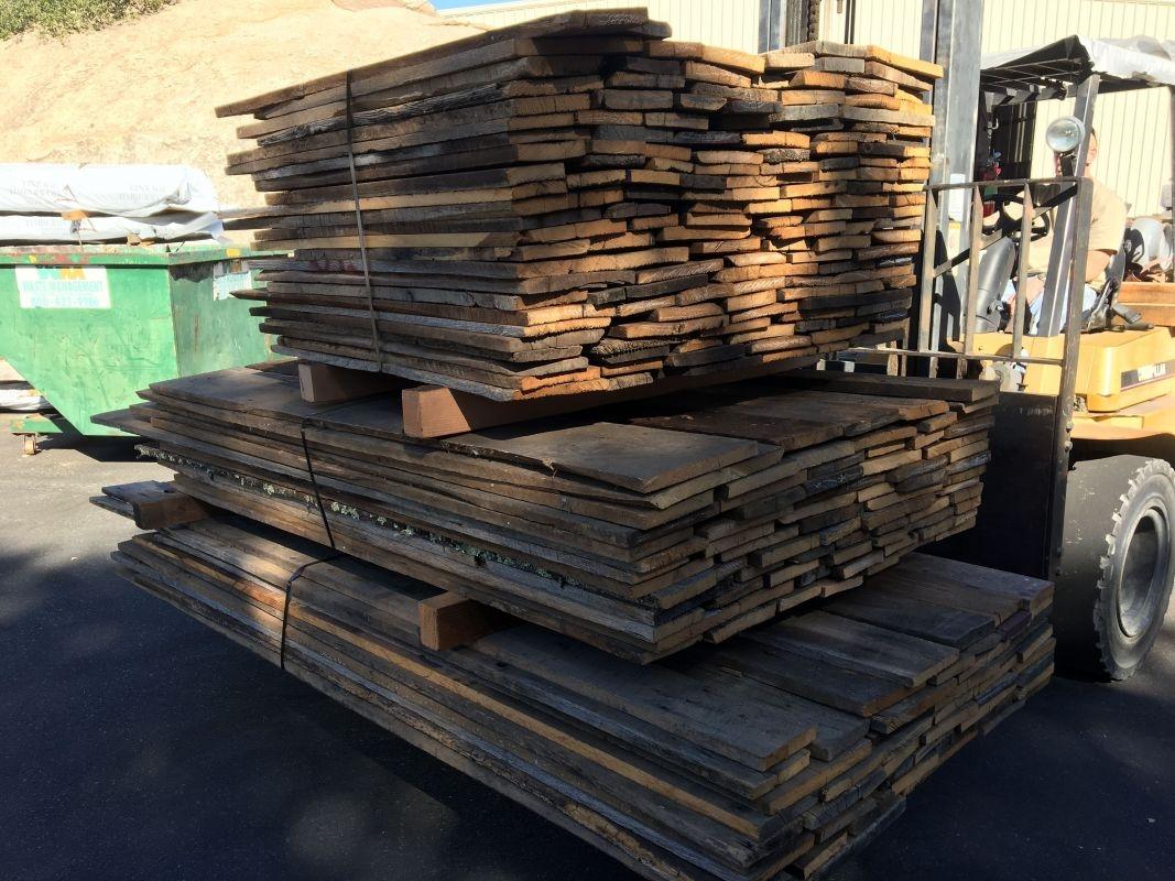 Reclaimed 1 Thick Random Width Oak Barn Wood Plank