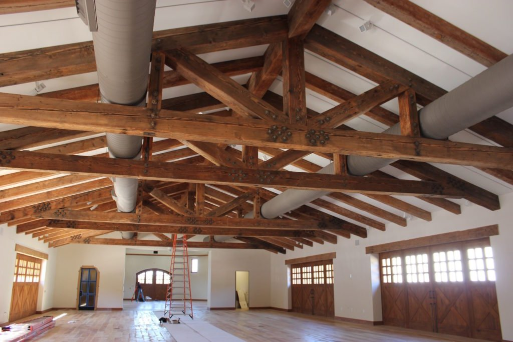 reclaimed wood structural trusses
