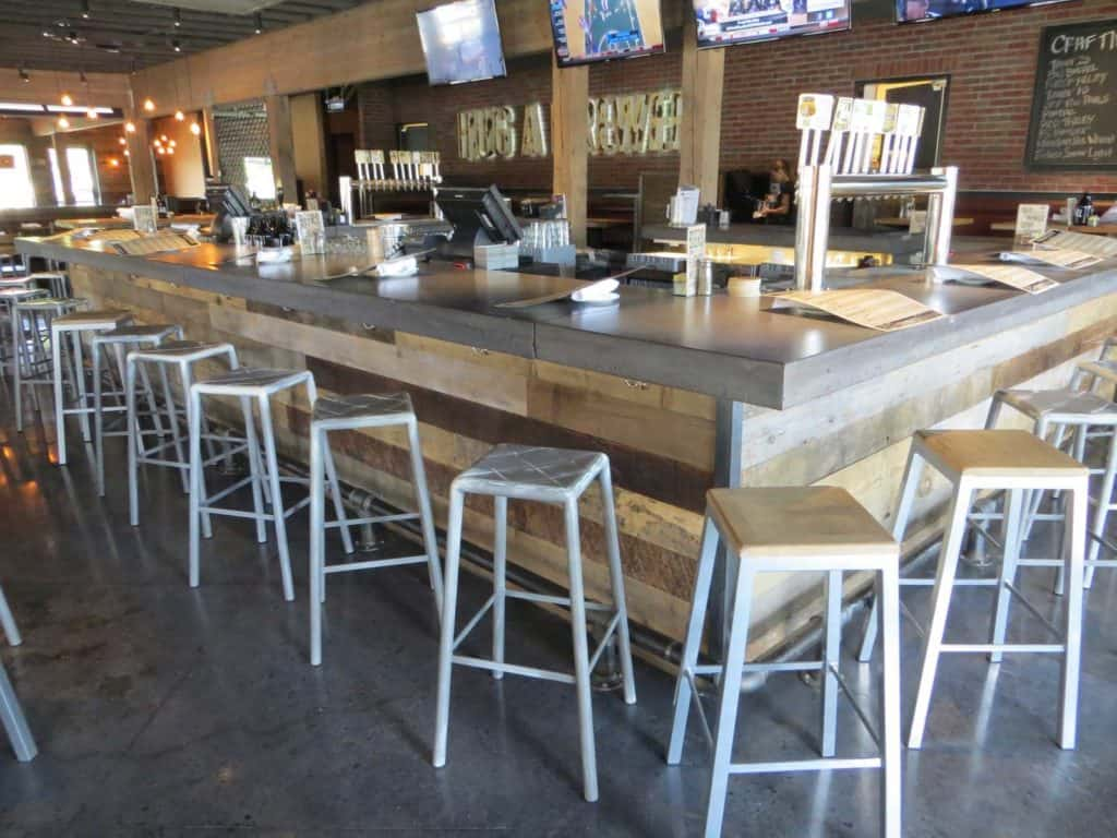karl strauss temecula reclaimed wood bar front