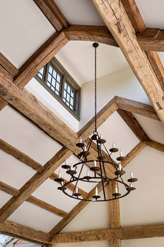 hewn hardwood beams08 - Reclaimed Hardwood Barn Timbers