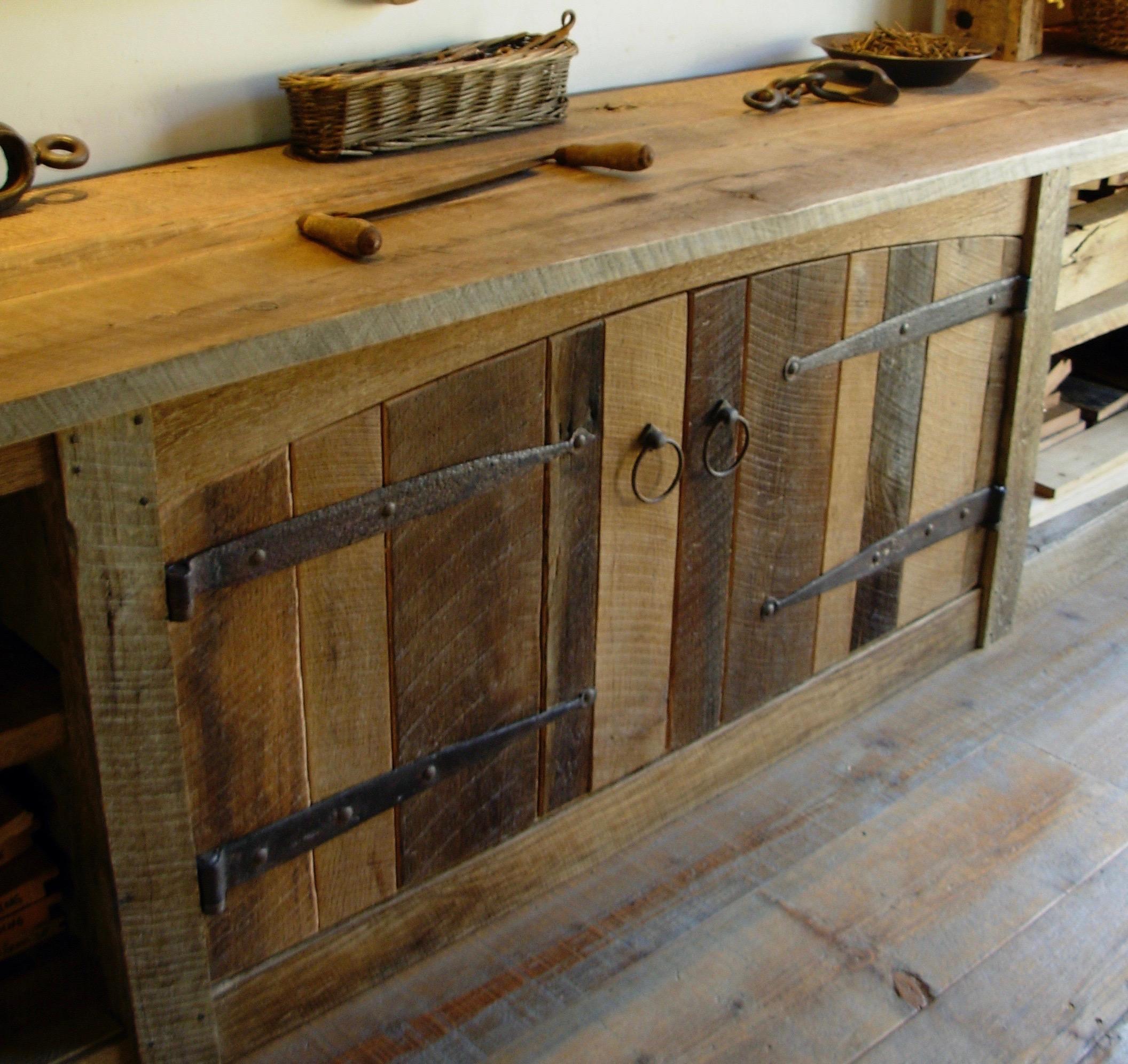 sanded plank oak14 - Reclaimed Planking Barn Oak