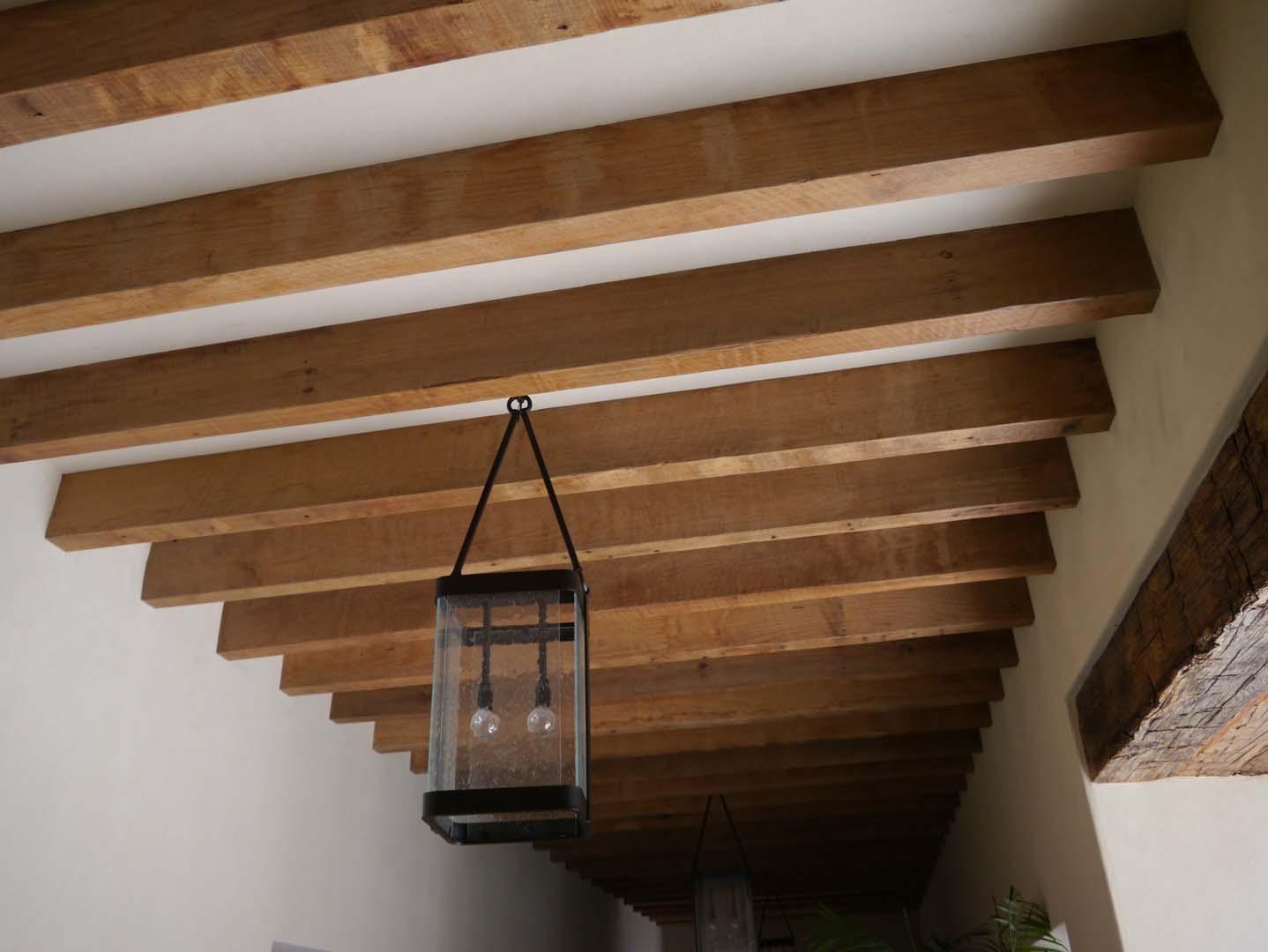 sawn hardwood beams08 - Reclaimed Hardwood Barn Timbers