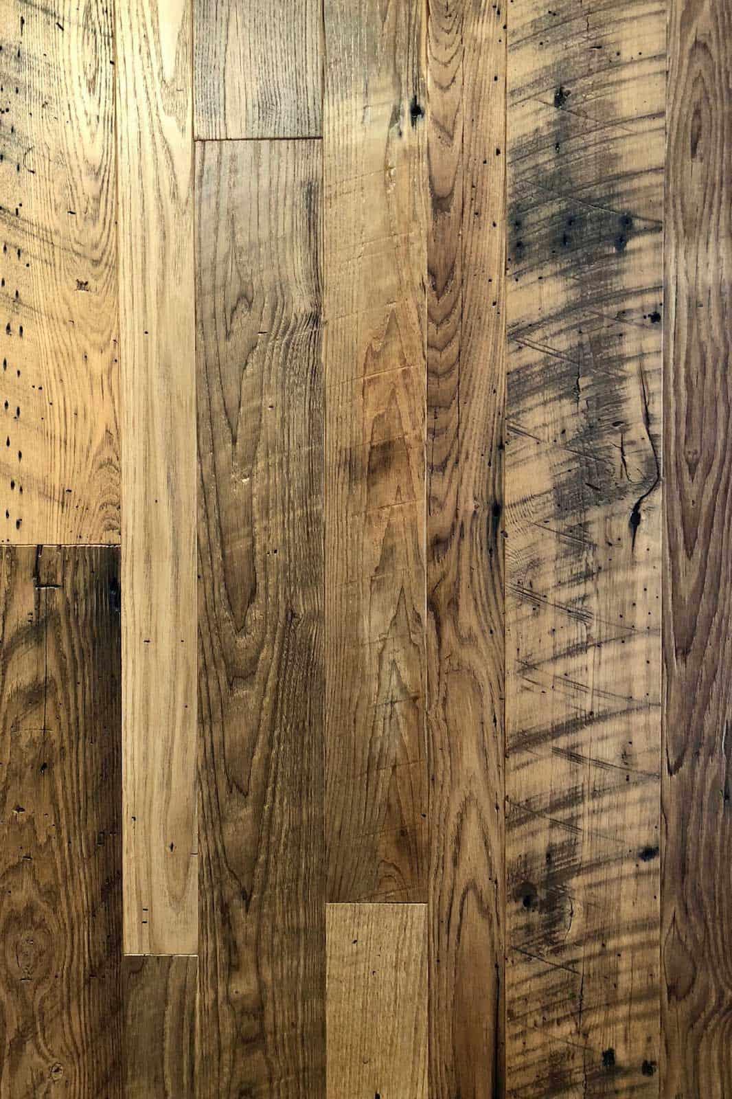 semi surfaced chestnut flooring - Reclaimed Chestnut