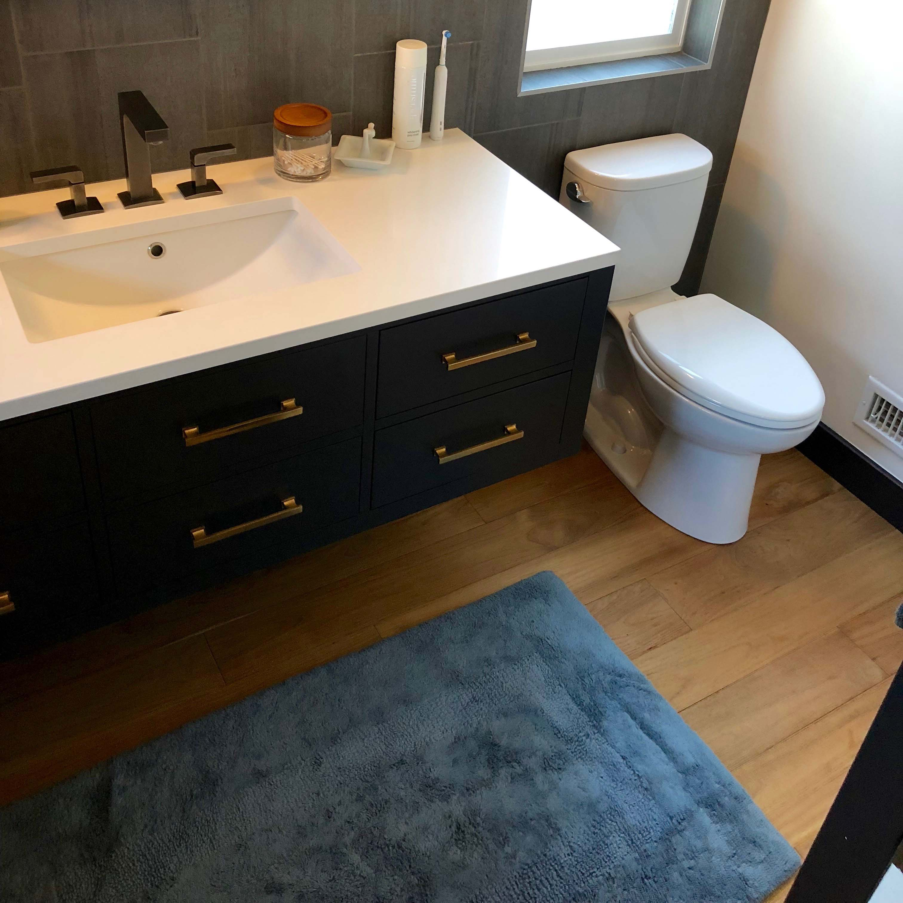 wire brushed bathroom - Reclaimed Teak Flooring